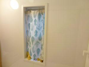 風呂場カーテン