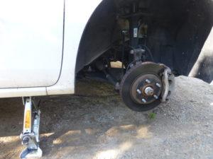 タイヤを外した状態