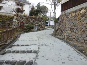 城へ続く坂道1