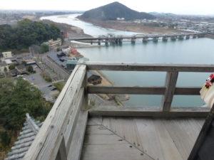 西側の絶景(正面「伊木山」)