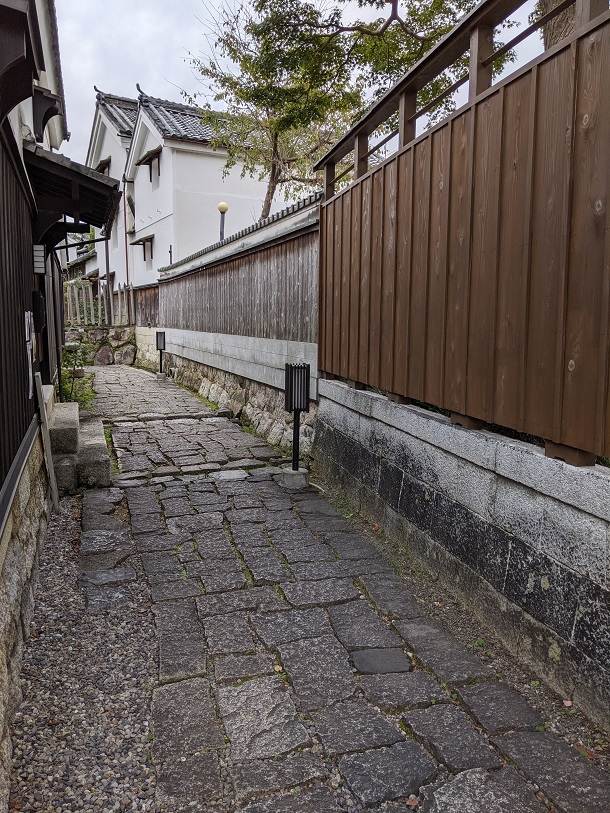 近江八幡「八幡堀の路地」