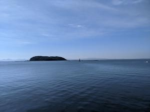 吉良サンライズパークから望む「梶島」