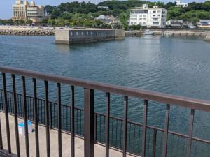 吉良サンライズパーク堤防内側(漁港側)